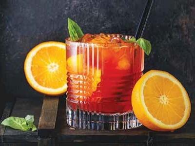 Top 10 cocktailuri cu rom