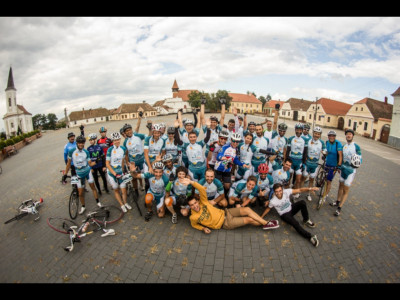 La Ciclaton 2016, cicliștii pedalează pentru viitorul tinerilor români