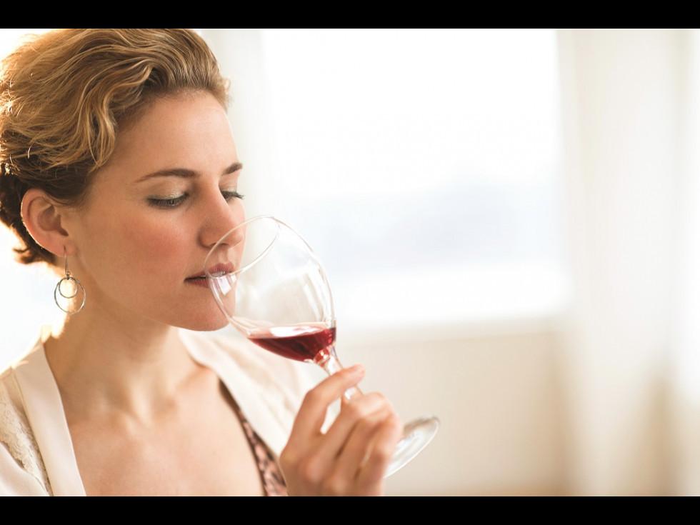10 sfaturi cum să guști vinul mai bine