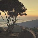 Dincolo de nori: o călătorie pe Kilimanjaro
