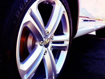 Volkswagen a anunţat noul parbriz cu argint care dezgheață sticla mai repede