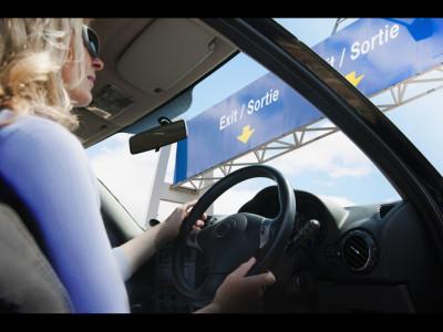 Mașinile cu volan pe dreapta vor fi interzise după Brexit