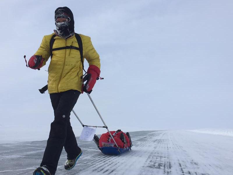 Un român a câștigat Maratonul 6633 Arctic Ultra, cel mai greu din lume