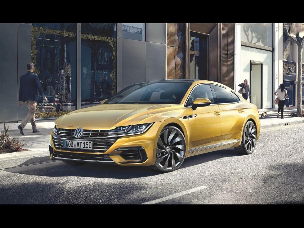 VW Arteon, mașină de lux care s-a născut din cenușa altei mașini de lux