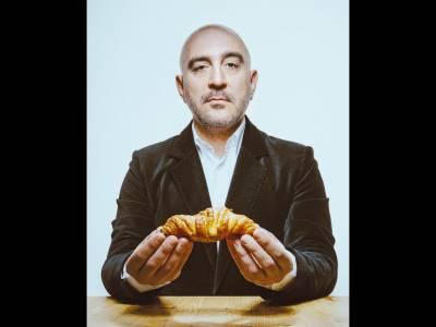 Răzvan Exarhu. Viaţa și apucăturile unui bucătar celebru împotriva voinţei lui