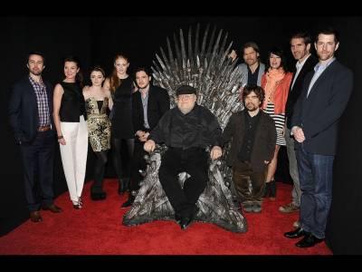Seria Game of Thrones (Urzeala Tronurilor) va avea patru continuări