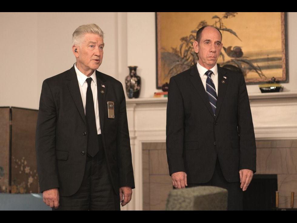 David Lynch își scoate toate jucăriile pentru noul Twin Peaks