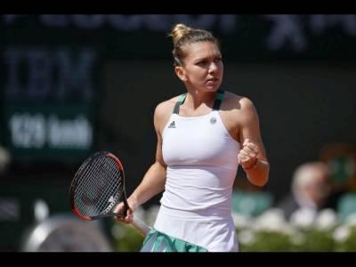 Elina Svitolina îngenuncheată de Halep în sferturile French Open