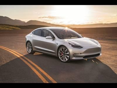 Tesla Model 3 este aproape aici