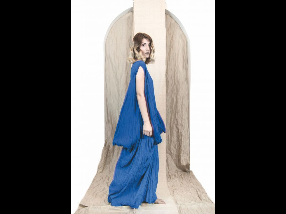 EVO-Care,  haine pentru femei curioase