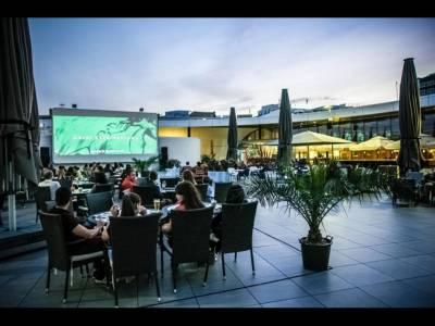 13 săptămâni de proiecții cinematografice pe terasa Promenada