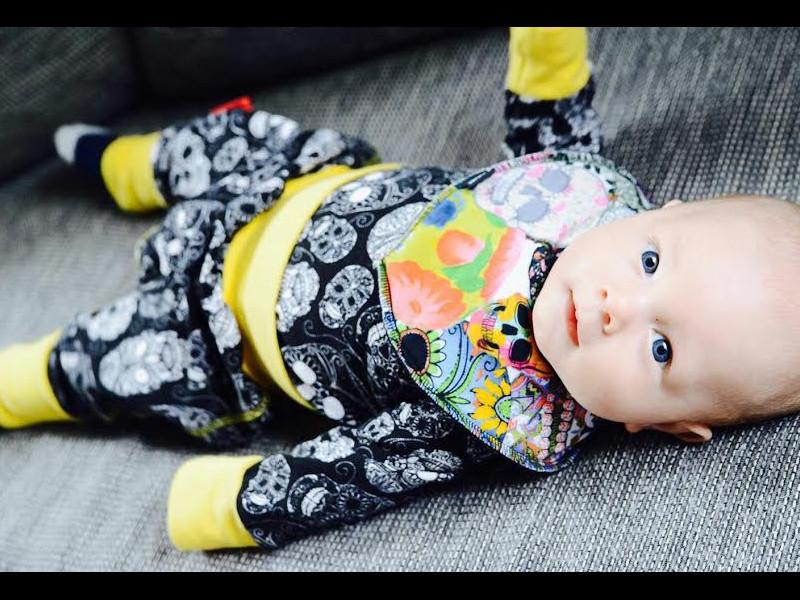 Ce hăinuţe ar trebui să conţină garderoba bebeluşului?