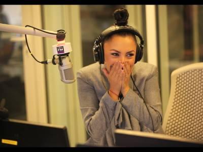 Andra a fost surprinsă cu un tort în matinalul Digi FM