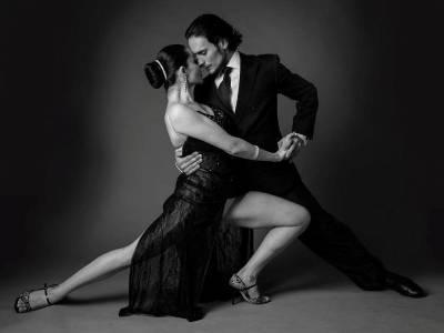 7 seri de tango argentinian exuberant