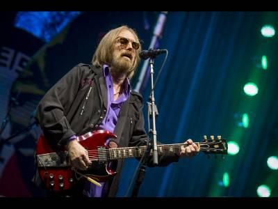 A murit celebrul muzician Tom Petty