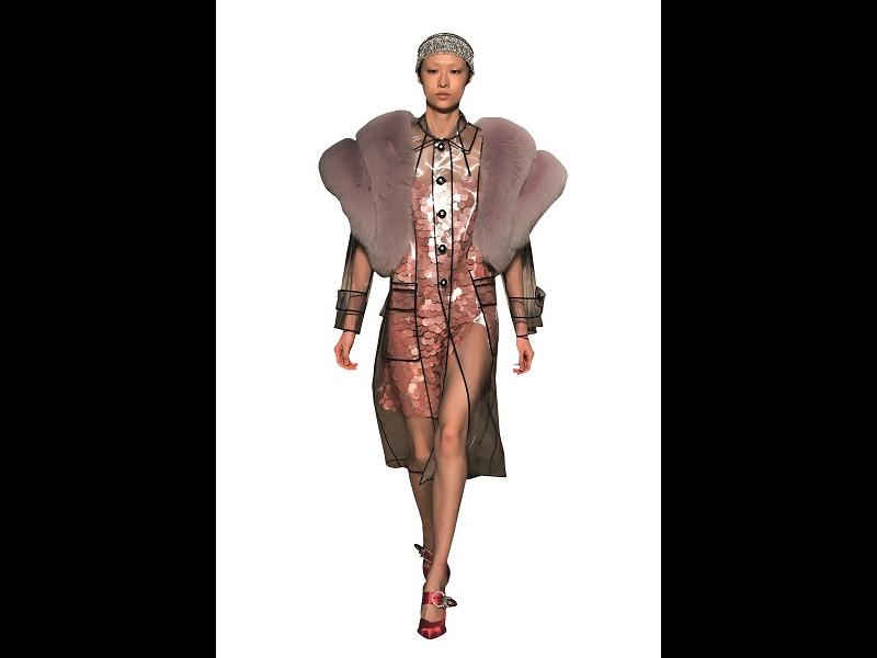Trendurile sezonului în materie de fashion