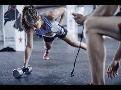 Cele mai simple 5 exerciții care te menţin în formă