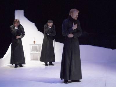 Teatrul Bulandra a revenit din vacanţă