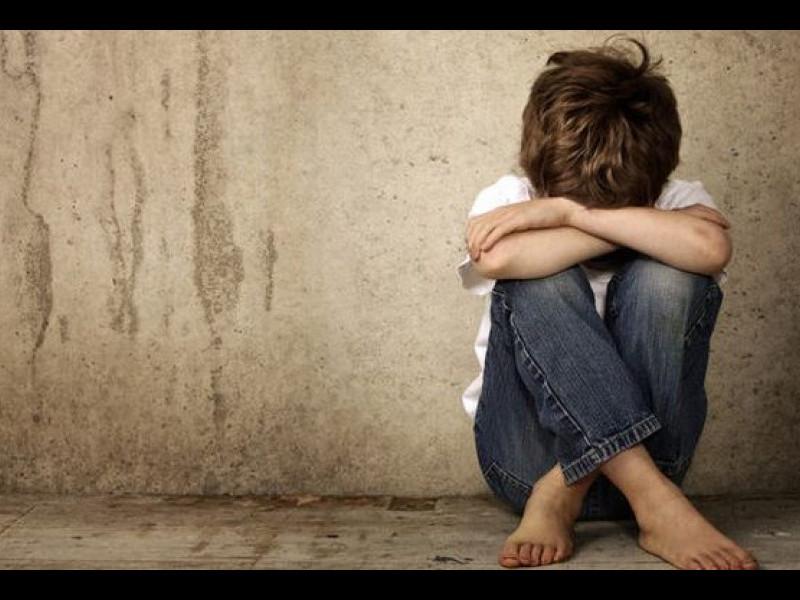 Abuzul în copilărie | Traumă la maturitate