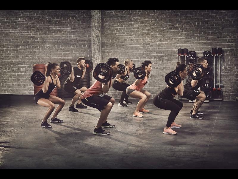 Când e recomandat să fac exerciţii cardio: înainte sau după antrenamentul de forţă?