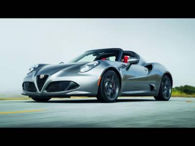 Alfa Romeo 4C rămâne fără Coupé