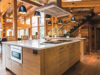 Insula de bucătărie, detaliu modern sau inovație?