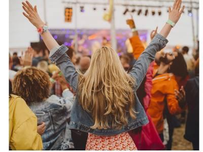 Kit Festival pentru el și ea