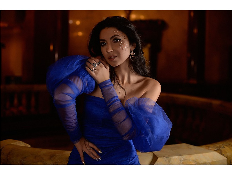 "Maria Andreea a lansat un noul videoclip ""Imperial"" plin de pasiune"
