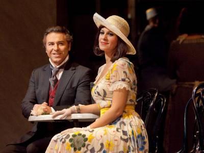 Soprana Angela Gheorghiu în spectacolul care a făcut senzație pe scena celebrei Metropolitan Opera din New York