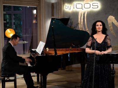 Peste 2.500 de români au urmărit online recitalul susţinut de Angela Gheorghiu, reprezentația finală a seriei Qreator – Home Together Edition