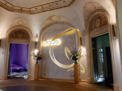 O nouă imagine pentru Qreator by IQOS, un proiect de redecorare interioară semnat de arhitectul Dorin Ștefan și echipa sa