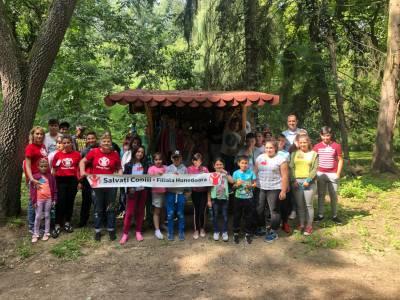 Proiectul Solidar Social, inițiat de Chef Adi Hădean, se extinde la Petrila prin parteneriatul cu Salvați Copiii România