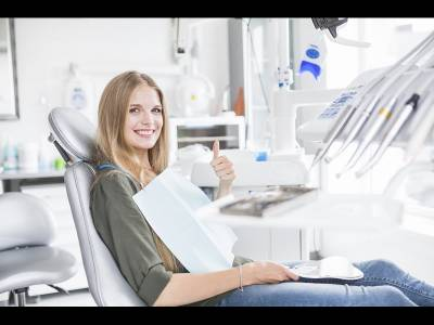 Vrei sa previi gingivita? Viziteaza o clinica stomatologica in mod regulat!