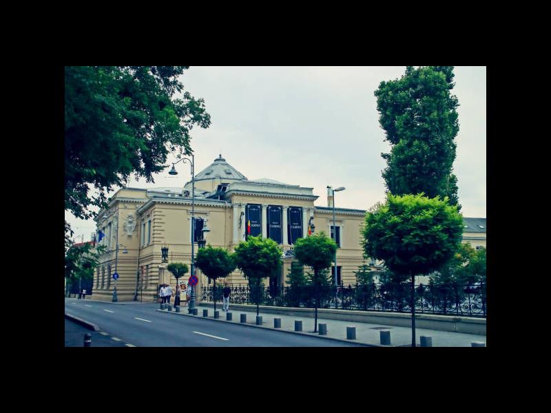 5 cele mai bune cazinouri din București plus un club de poker bonus