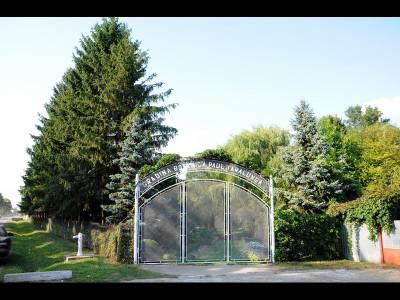 Grădina Botanică Paul Ţarălungă